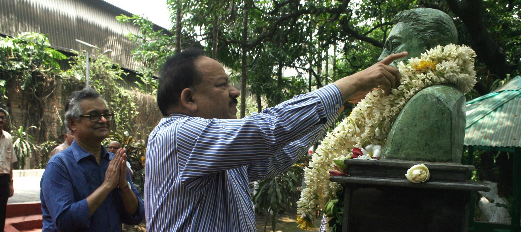 Harshvardhan visit 1